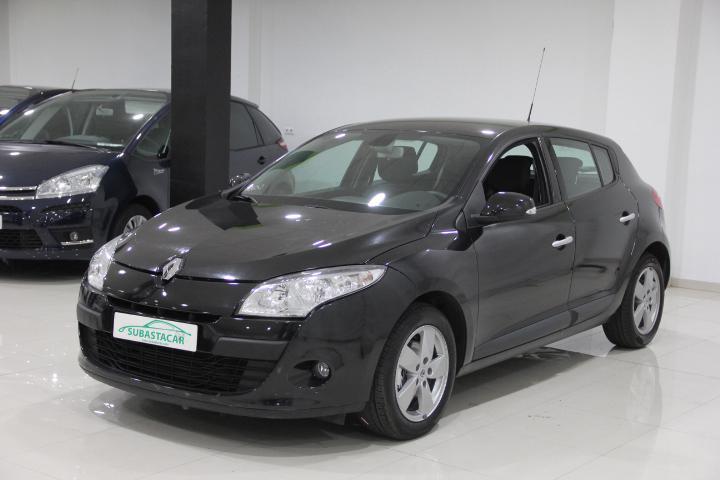Renault-MEGANE 1.4 TCE Dynamique