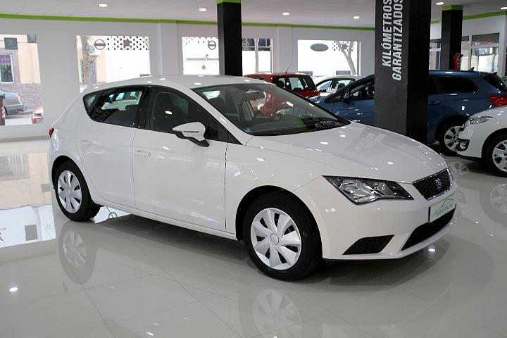 Seat -  - LEON 1.6 TDI CR S&S Reference 105
