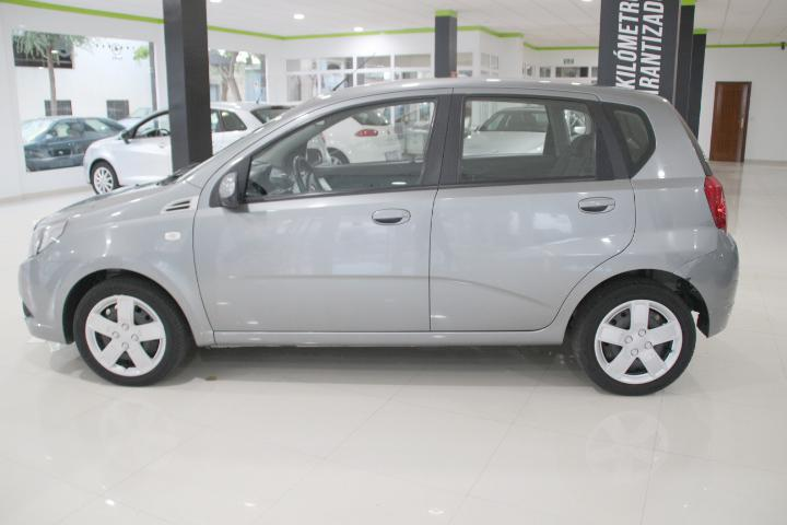Chevrolet-AVEO 1.2 16v LS (5p)