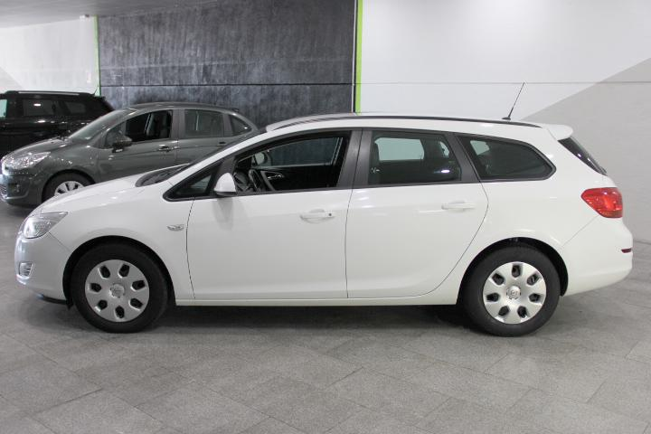 Opel-Astra ST 1.7CDTi Selective Business