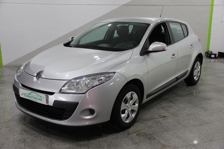 Renault-MEGANE 1.5 dCi Dynamique 110 (2008)