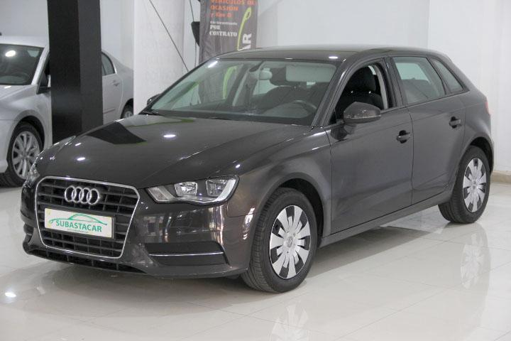 Audi-A3 Sportback 1.6 TDI Attraction