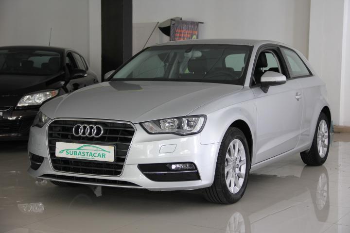 Audi-A3 1.6 TDi DPF S tronic 7 Business