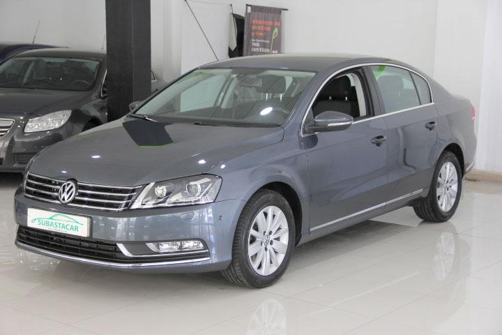 Volkswagen-PASSAT 2.0 TDI Advance BMT