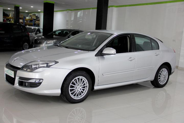 Renault-LAGUNA 2.0 Dynamique