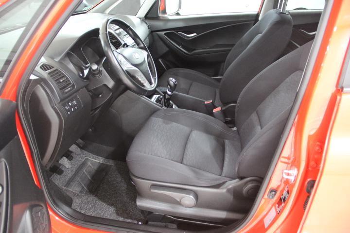 Hyundai-iX20 1.6 CRDI BLUED COMFORT 115CV