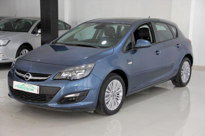 Opel-ASTRA 1.6 CDTI S-S Excellence 110