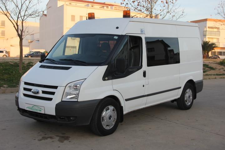 Ford-Transit 330M KOMBI 140CV