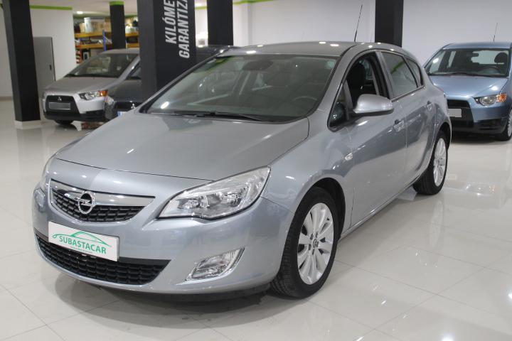 Opel-ASTRA 1.6 16v Enjoy 115