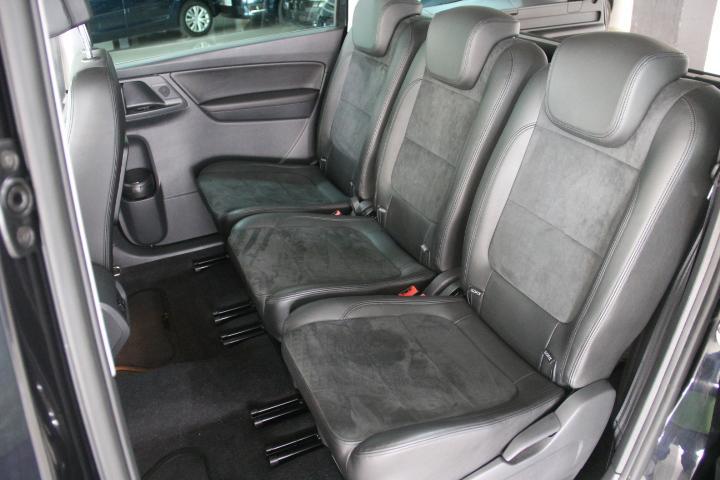 Volkswagen-SHARAN 2.0 TDI Advance BMT DSG 140