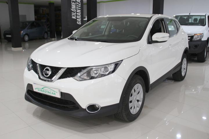 Nissan-Qashqai 1.5 dCi S&S Visia 4x2