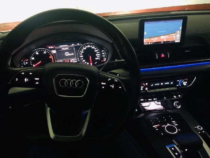 Audi-Q5 2.0TDI Design Quattro  S tronic 190cv