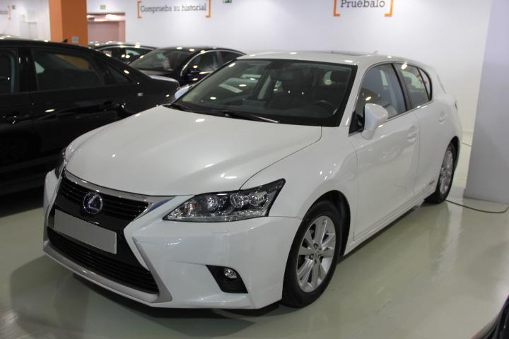 Lexus CT 200h Luxury (HÍBRIDO)