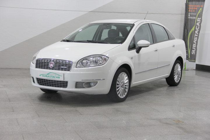 Fiat -  - LINEA 1.6 Multijet Emotion