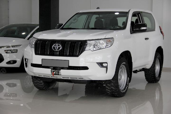 Toyota Land Cruiser D-4D GX 3p (CO2 190)