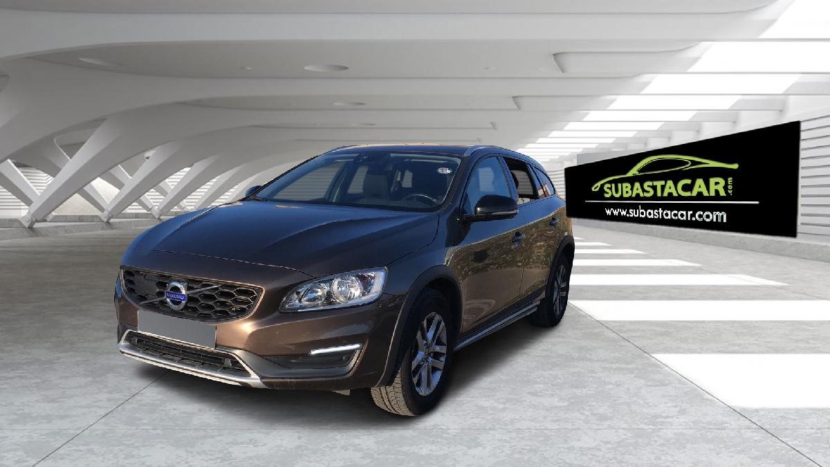 2016 Volvo V60 V60 Cross Country D3 Kinetic coche de segunda mano